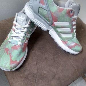 Shoes - Women's Adiddas ZX Flux Torsions